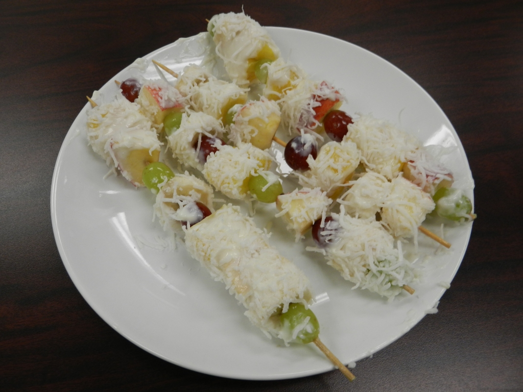 ... fun fruit kabob hope you enjoy this delicious sweet summer snack fun